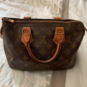 Authentic Vintage Louis Vuitton Monogram Speedy 30